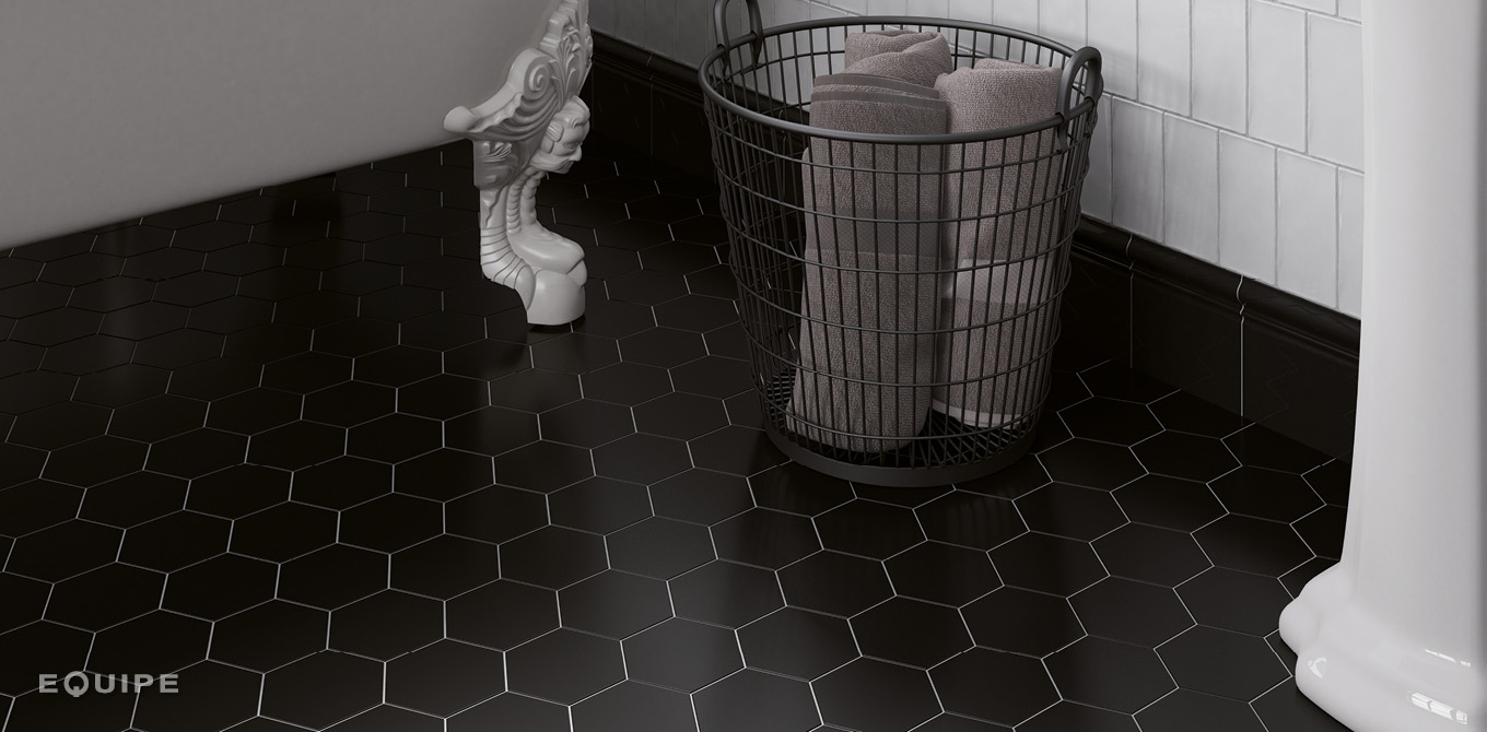 Scale Hexatile Black