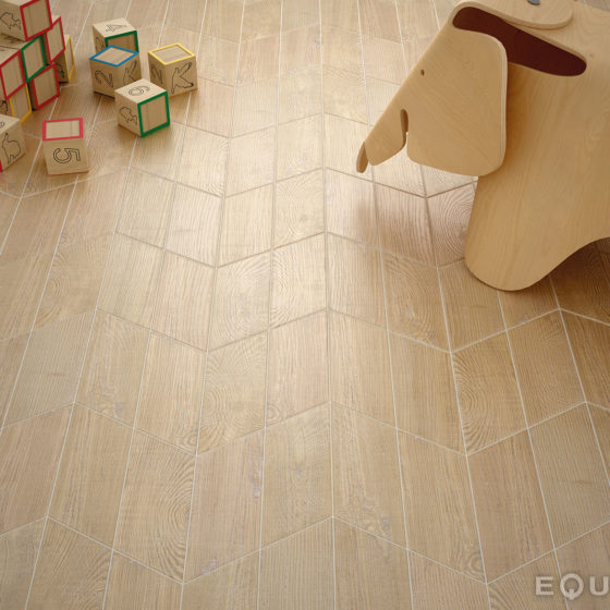Hexawood Chevron Natural